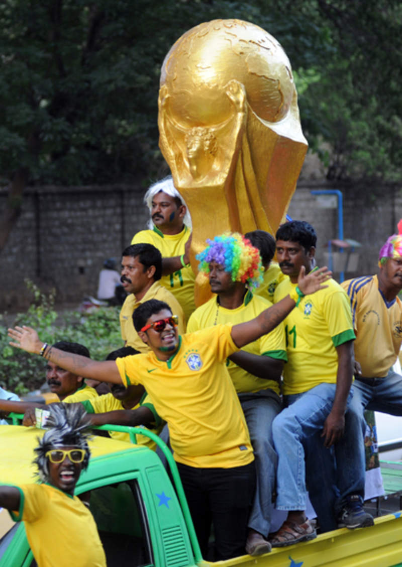 In Pics:Football fever around the world!