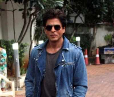 Shah Rukh Khan: I am so pathetic in relationships that I am comic