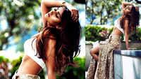 Ileana D'cruz flaunts her washboard abs in her latest photo