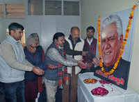 Haryana Kala Parishad pays tribute to veteran actor Om Puri