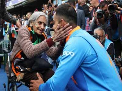 Team India's Superfan Charulata Patel passes away