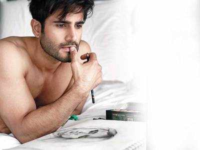 Karan Tacker: Want to auction my art for charity