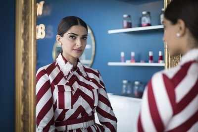Cannes Film Festival 2018: Sonam Kapoor Ahuja asks, 'Why didn't the media write about Anand Ahuja changing his name!'