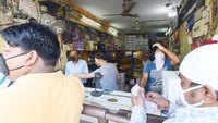 Delhi: Liquor lobby sends SOS, says sales falling due to Covid-19 cess