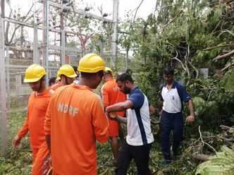 Live: Cyclone Gaja makes landfall in Tamil Nadu, 76,000 evacuated