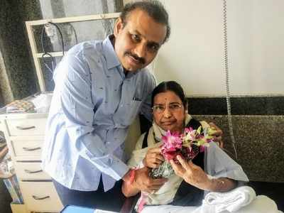 Maharashtra Health Minister Rajesh Tope's mother Sharadatai passes away