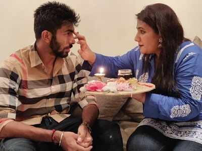 Jasprit Bumrah celebrates Raksha Bandhan with sister, shares an emotional post