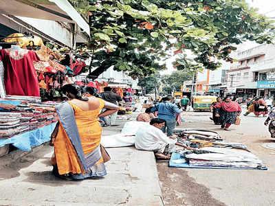 Malleswaram Mirror Special: Swalpa foot space bidi