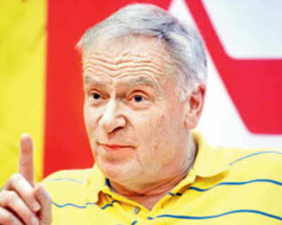 From Tiger Pataudi to captain Virat Kohli, Jeffrey Archer loves them all