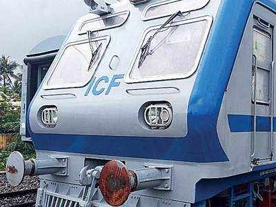 AC local for Central Railway: New train to arrive in Mumbai from Chennai  workshop within a fortnight