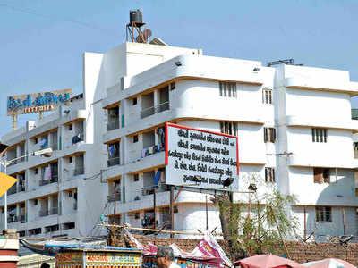 Dead patient's mobile stolen from IKDRC