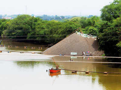 Boat operators involved in illegal sand mining will have properties attached