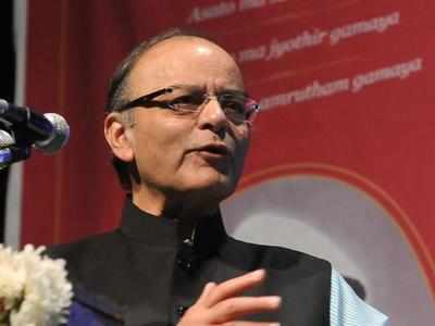 Finance Minister Arun Jaitley may take up H-1B visa issue with US authorities