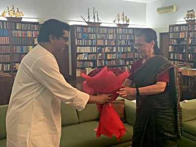 Raj Thackeray meets Sonia Gandhi in Delhi to discuss EVMs and political developments
