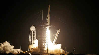 SpaceX Inspiration 4 launch live updates: SpaceX rocket blasts off on all-civilian orbital mission