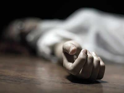 Teenage girls commit suicide in Mankhurd, Kandivali