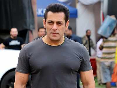 As Salman Khan turns 54, celebrities pour in wishes for the superstar