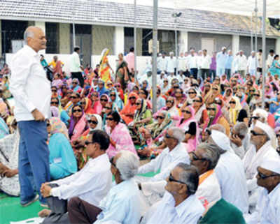Maharashtra: 5 lakh people denied cataract surgery as there are only 155 ophthalmologists in public healthcare centres