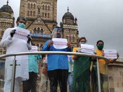 COVID-19: Ram Kadam protests outside BMC office, says 'carelessness on part of the civic body is distressing'