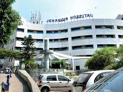 PMC to acquire 80% beds at 5 pvt hospitals for virus patients