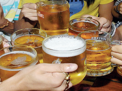 Bengaluru: Liquor vends, pubs will stop serving booze from 6 pm on Tuesday