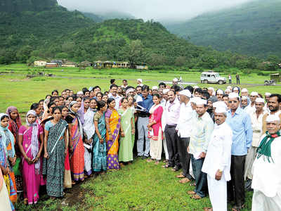 Meet the team helping uplift Junnar taluka villagers by decoding 750 government schemes