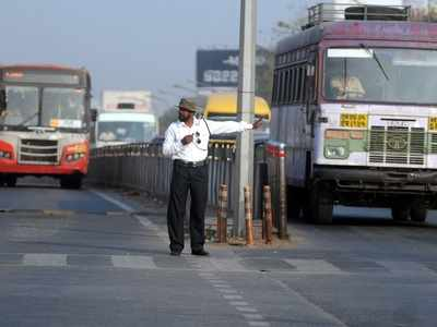 PMPML to soon install 'Boom Barriers' on BRTS