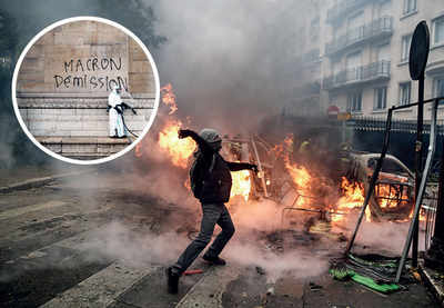 Macron mulls state of emergency after riots