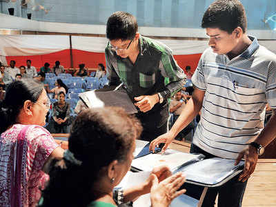 600 colleges to not hike fees this year
