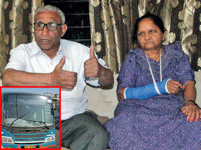 61-yr-old suffers a fracture due to reckless bus driver