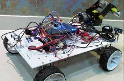 Students create robot to help rescue workers trapped at disaster sites