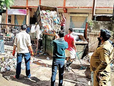 PMC cleans trash hazard at Kamla Nehru Hospital