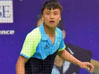 Luwang keeps India's hopes alive in singles