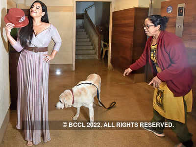 Vidya Balan celebrates her birthday with friends and family