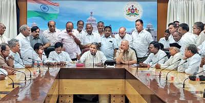 Karnataka Elections 2018: Wary CM picks 'safer' Badami as well