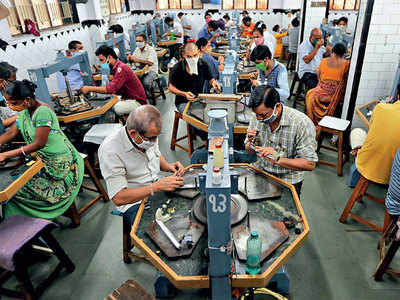 Surat diamond workers in dire straits