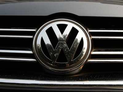 India gives Volkswagen 24 hours to pay $14 million Dieselgate fine