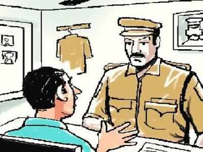 Book dealer duped out of Rs 9.7 lakh