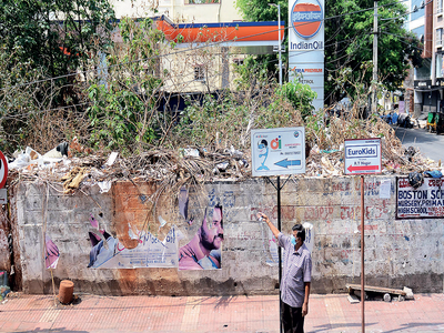 Garbage pile gives RT Nagar residents sleepless nights