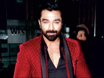 14-day police custody for actor Ajaz Khan