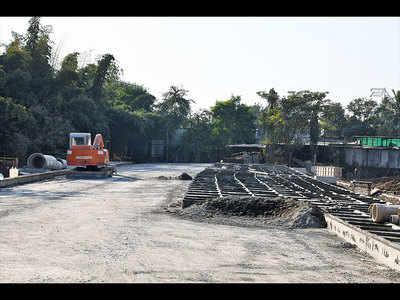 Work on Kharadi-Shivane road on hold due to non-negotiation of land