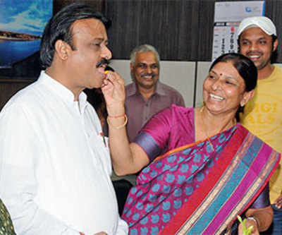 Gautam Shah is city's 33rd mayor