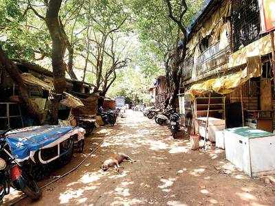 Bustling Juhu slum is now a ghost colony