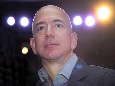 Amazon to invest USD 1 billion in digitising Indian SMBs: Jeff Bezos at Smbhav event