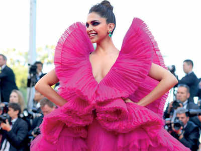 Beyonce in origami dress first spotted on Deepika Padukone at Cannes