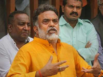 Sanjay Nirupam terms five-day working week norm as 'senseless'