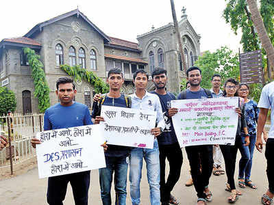 FC students to go on a hunger strike over 50% fee hike