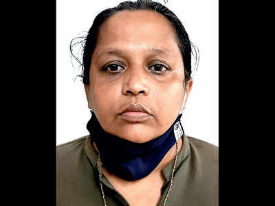 Woman arrested for cheating Rs 15L