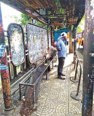 Shivajinagar's PMPML bus stop has no seats