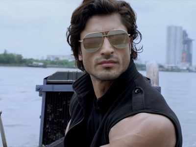 Commando 2 movie review: Vidyut Jammwal's film offers few thrills
